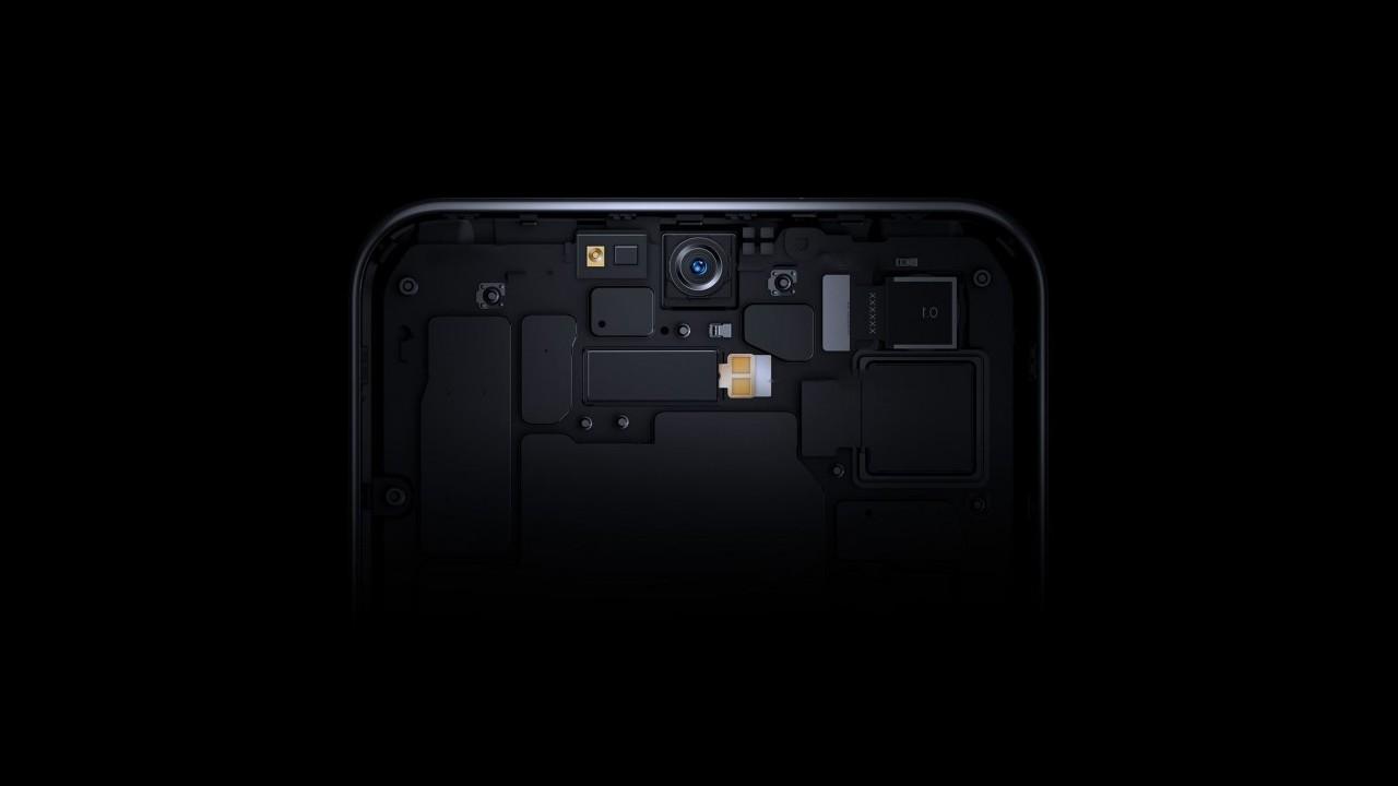 ZTE-Axon-20-5G_predna selfie kamera